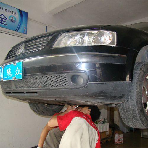 在大修发动机后出现变速箱不换挡和入挡冲击